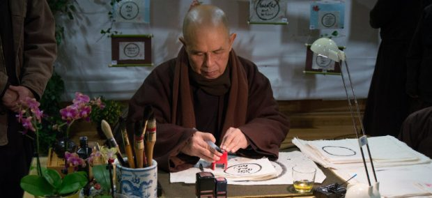 thay-writing-calligraphy